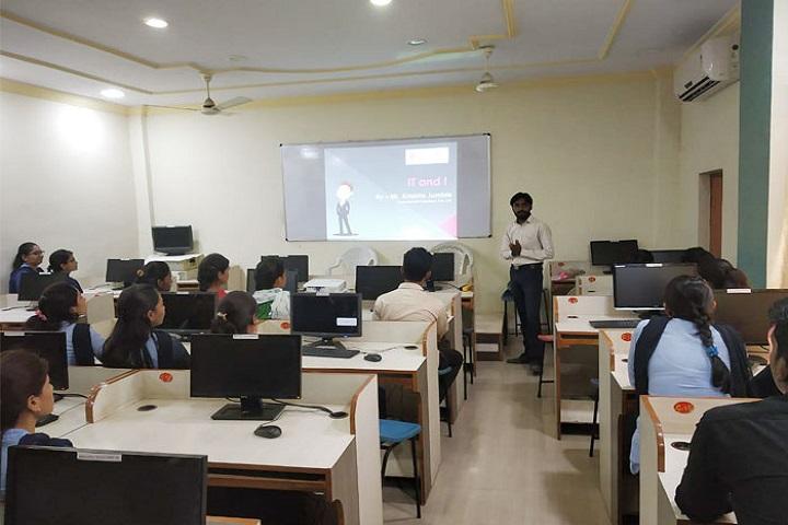 Bharatiya Mahavidyalaya-IT Lab