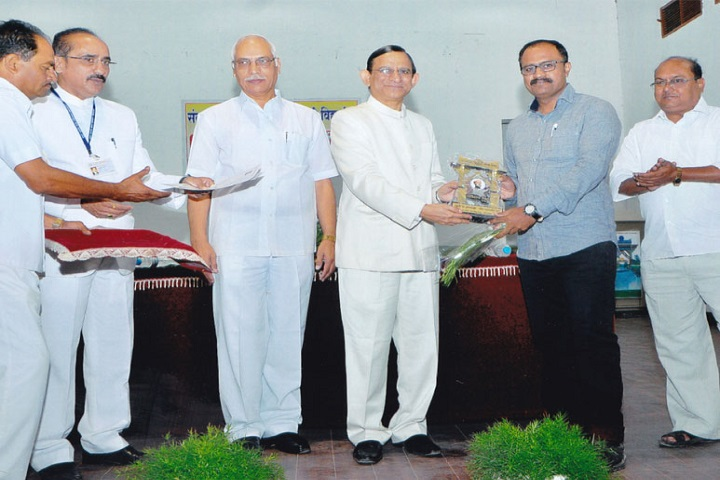 Bharatiya Mahavidyalaya-Prize Distribution