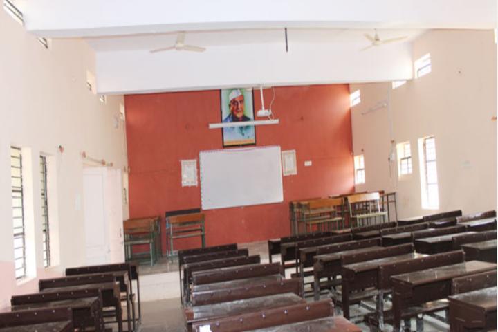 J D Patil Sangludkar Mahavidyalaya-Classroom
