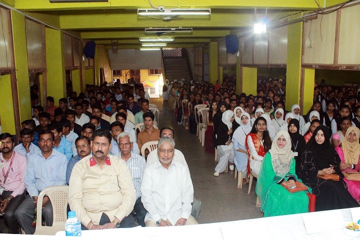 Navjeevan High School and Junior College-seminar
