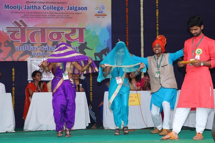 Moolji Jaitha Junior College-Dance Performance