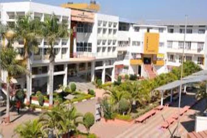 Yashavantrao Chavan Junior College-Main Building
