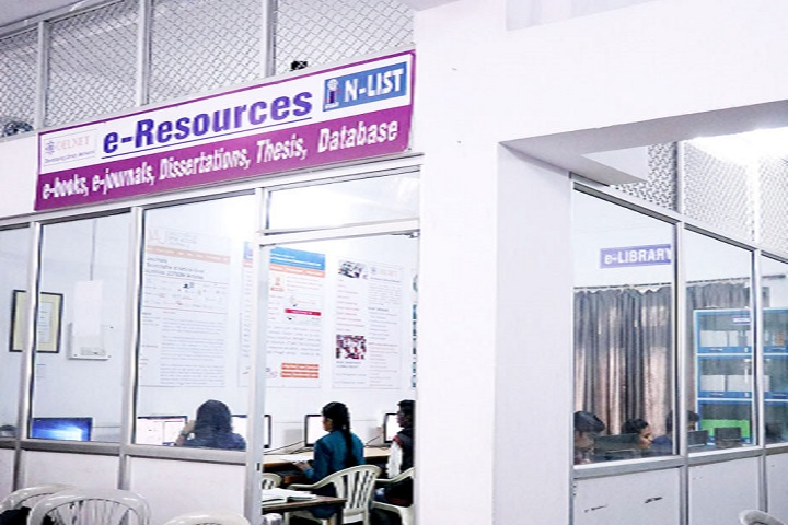Dr Ambedkar Junior College-IT Lab