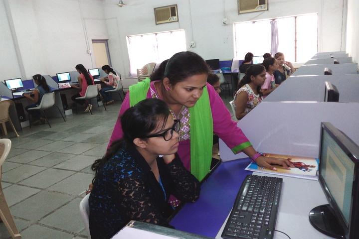 Kaushalya Devi Maheshwari Mahila Junior College-IT Lab