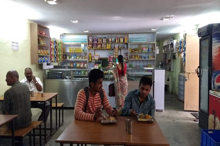 Dharampeth M P Deo Smruti Science Junior College-Canteen