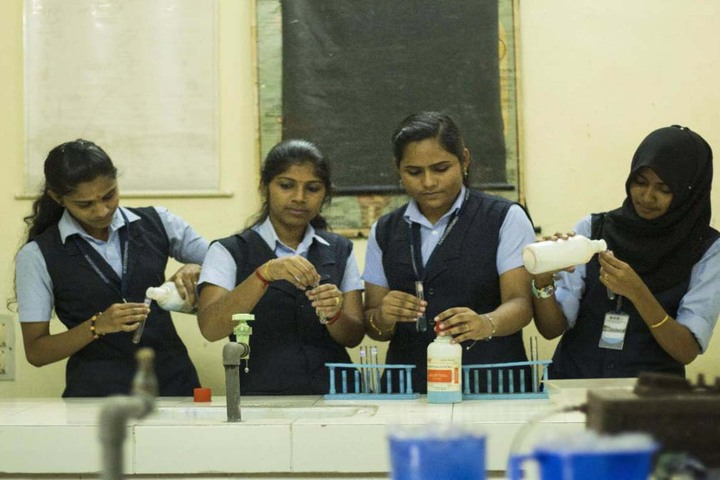 MGM Higher Secondary School-Chemistry Lab