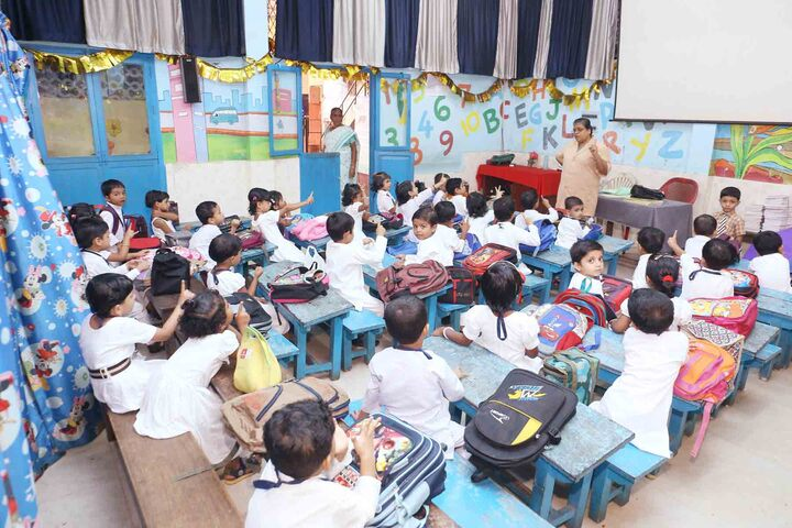Thajul Uloom English Medium Higher Secondary School-Classroom