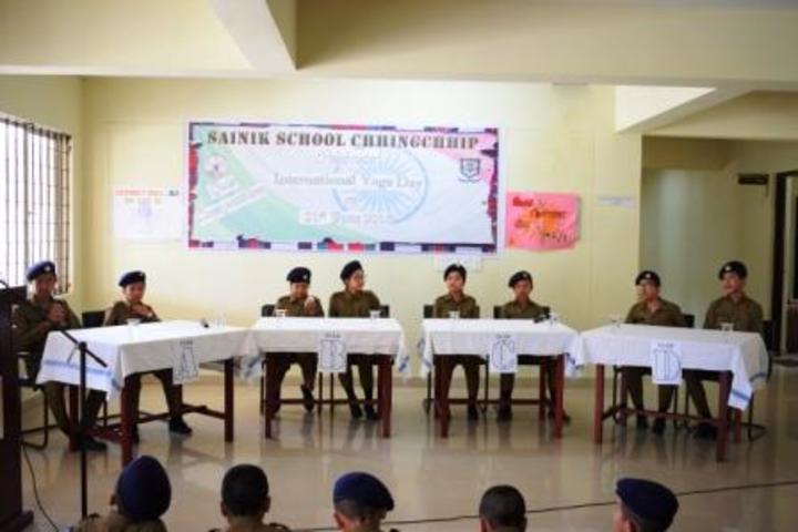 Sainik School-Debat