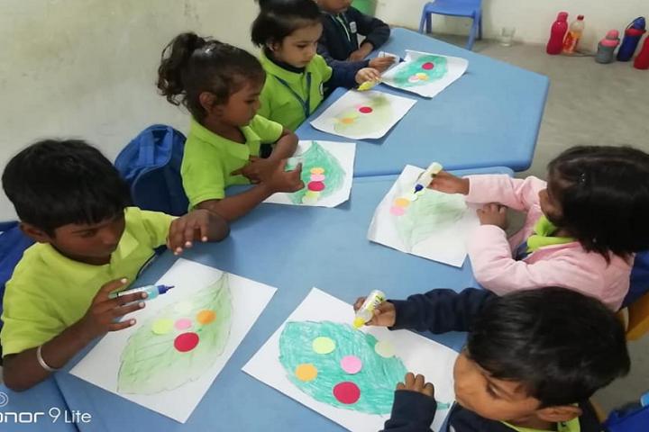 Narayan world school-Art And craft1