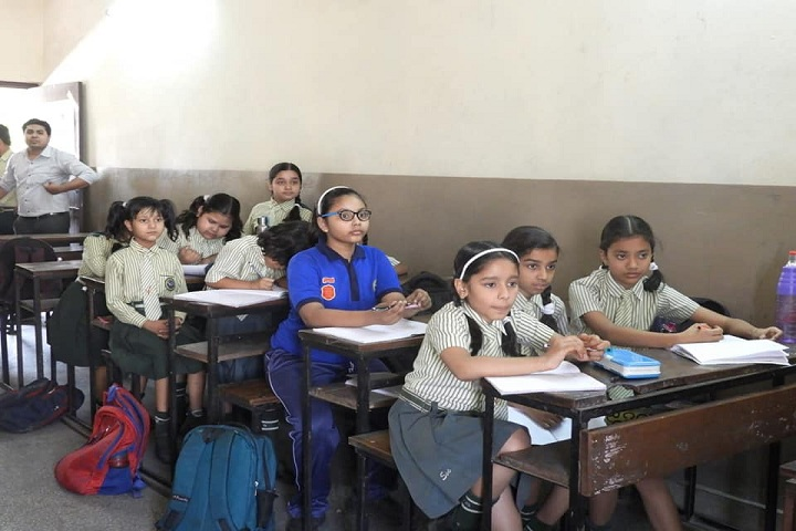 Swami Vivekananda Higher Secondary School-Class Room