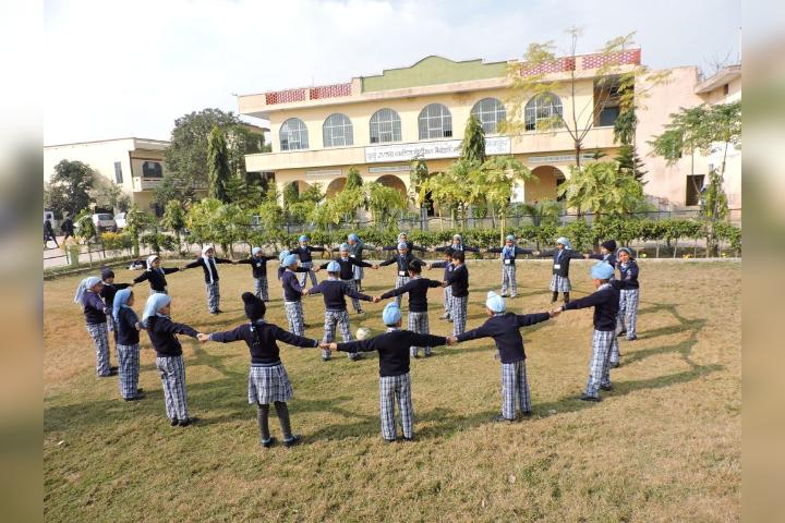 Guru Nanak Public Senior Secondary School - School Campus