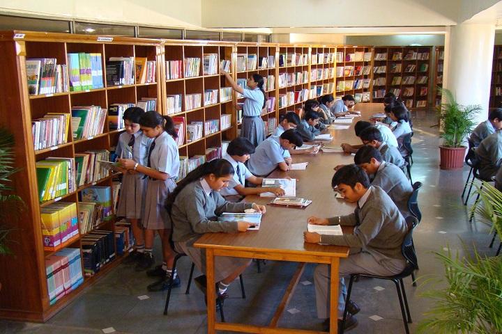 THE JAIN INTERNATIONAL SCHOOL-Library