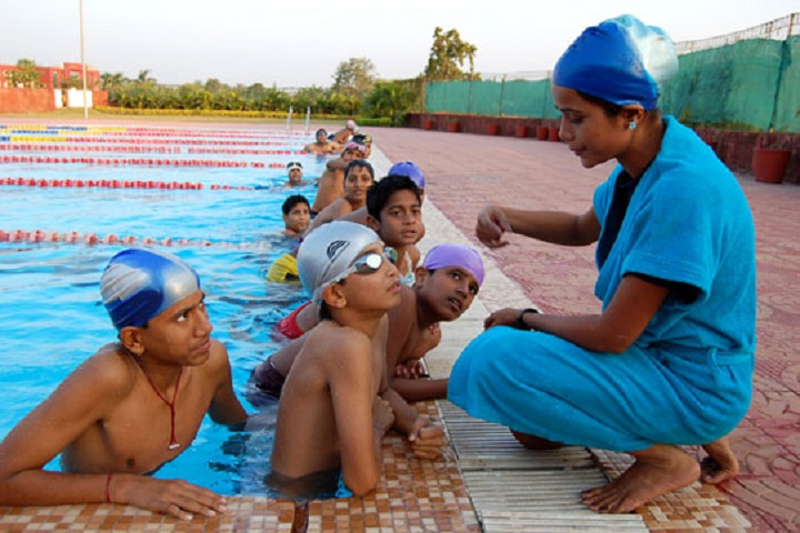 THE JAIN INTERNATIONAL SCHOOL-Swimming Pool