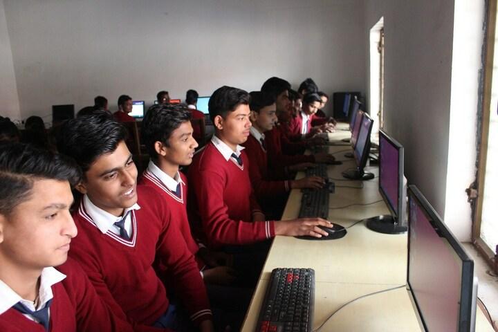 C R S Senior Secondary School-Computer Lab