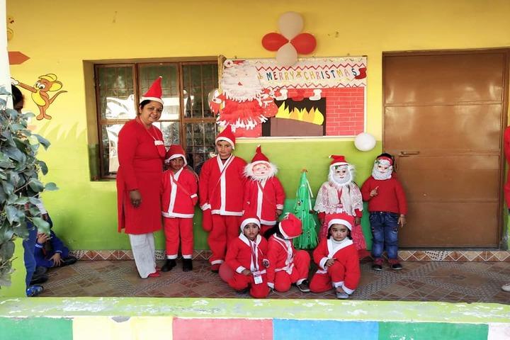 Guru Tegh Bahadur Public School- Christmas Carnival