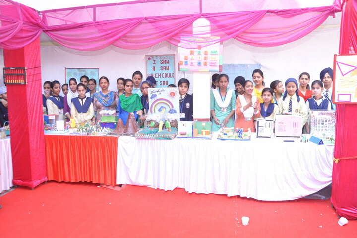 G.T.B. Mission Senior Secondary School- School Exhibition