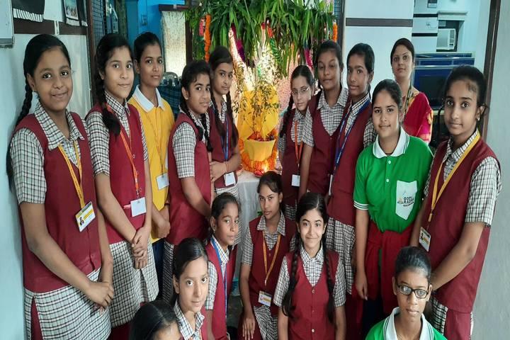 Gopi Radha Balika Inter College-Festival Celebration