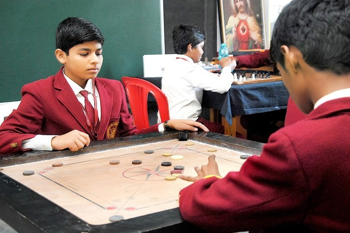 Weidner Memorial Senior Secondary School-Indoor Game Carrom