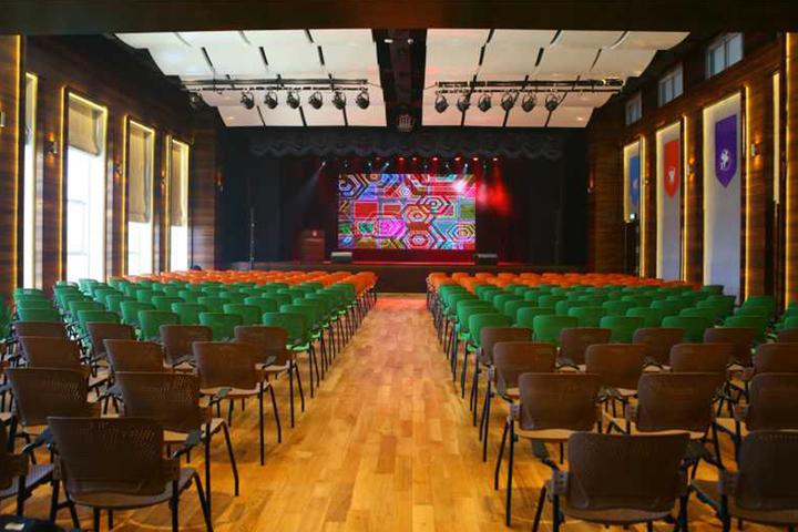 Chatrabhuj Narsee School-Auditorium