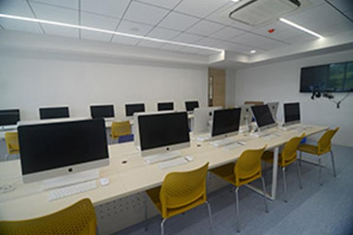 Chatrabhuj Narsee School-Computer Lab