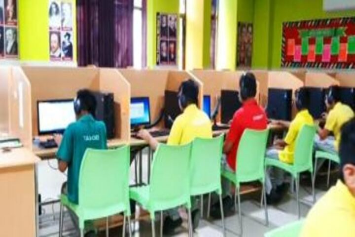 Vidya Shree International School-Computer Labs