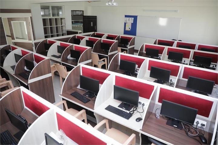 BGS World School-Computer Lab
