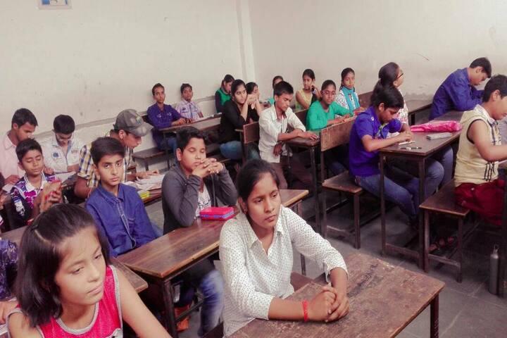 Rani Rewati Devi Saraswati Vidya Niketan Inter College-Classroom