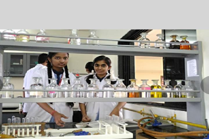 BAPS Swaminarayan Vidyamandir-Chemistry Lab