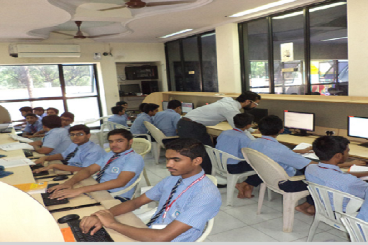 BAPS Swaminarayan Vidyamandir-Computer Lab