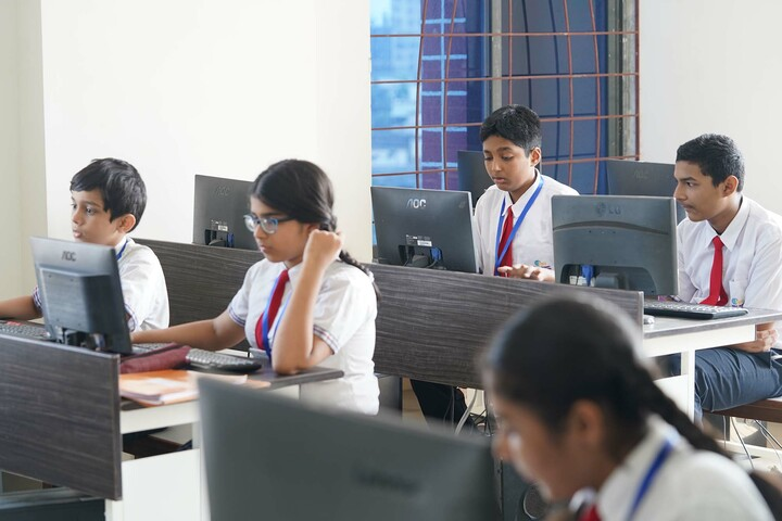 Bombay Presidency International School-Computer Class