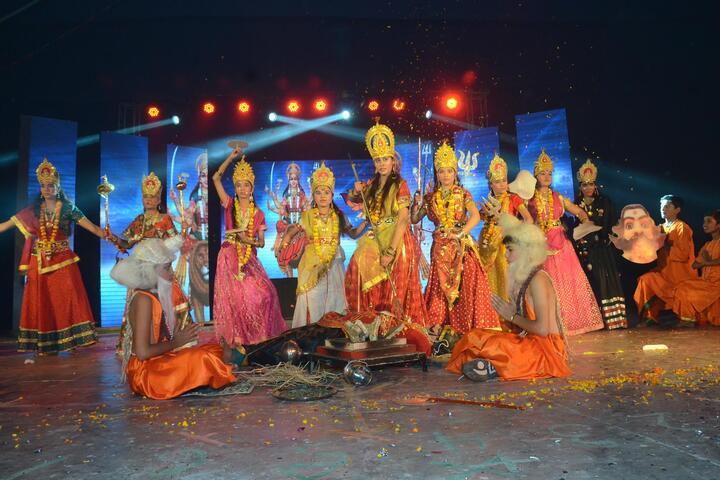 Saraswati Gyan Mandir Inter College-Dance Activity