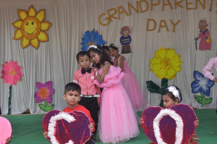 Montfort School-Grand Parents Day