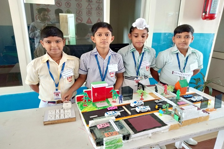 Mata Rukmani Rai Arya Middle School-Science Exhibition