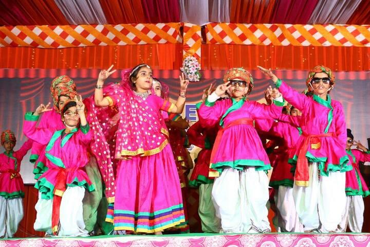 Shri Guru Harkrishan Convent School-Annual Day