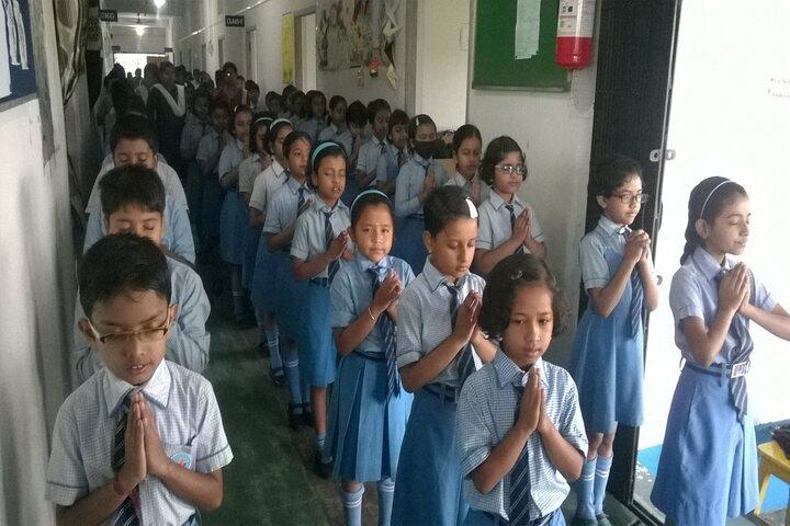 Aurobindo Patha Bhavan English Medium-Prayer