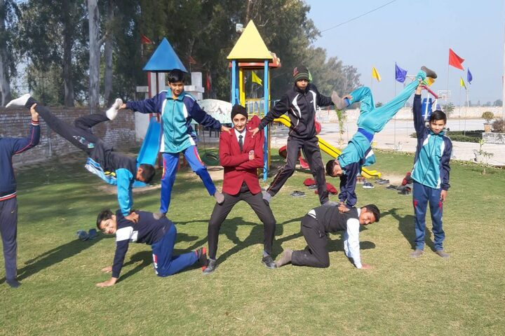 Shamrock School-Yoga Drill