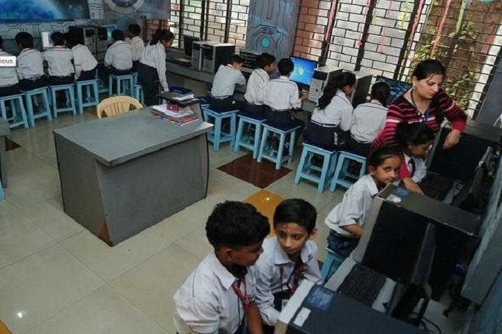 Abhinav Public School-IT-Lab