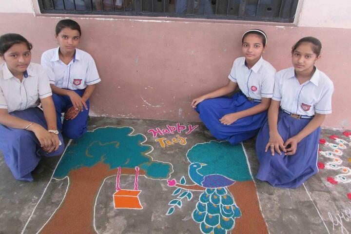 Aneja City Heart School-Rangoli
