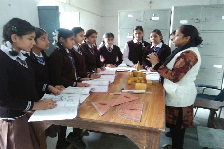 Adarsh Gyan Sarover Balika Vidyalaya-Maths Lab Images 1