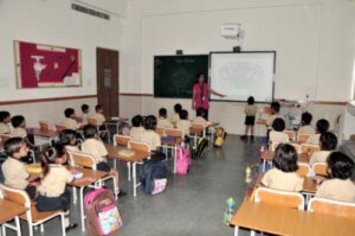 Emerald International School-Classrooms
