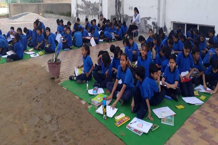 Emerald International School-Drawing Activity