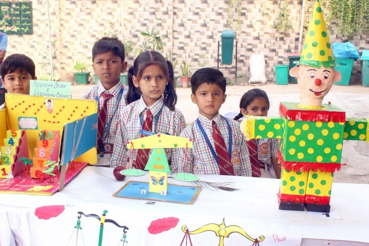 Adarsh Vidya Bhawan-School Exibition