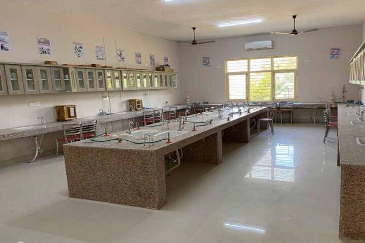 Happy Child International School-Labs