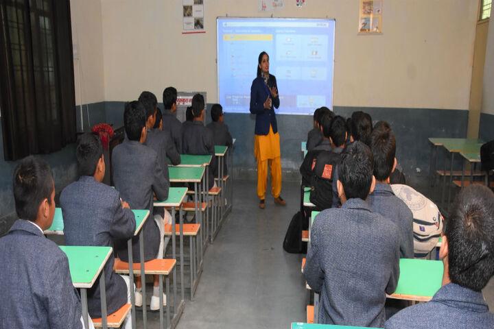 Gurukul Takshshila-Classrooms