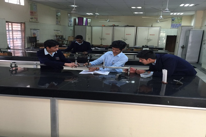 Air Force Sr Sec School-Physics Lab