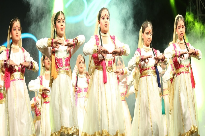 Akash Model School-Kids Dance