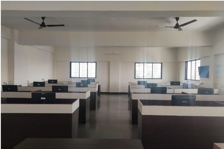 Abhishek International School-Computer Lab