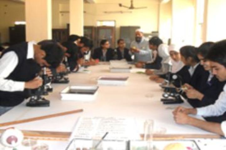 Anglo Arabic Senior Secondary School-Biology Lab