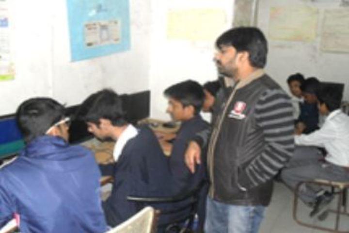 Anglo Arabic Senior Secondary School-Computer Lab