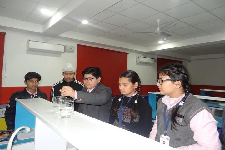 Doon Public School-Lab